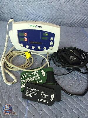 Welch Allyn Patient 530t0 Monitor 53000 Temp Nibp Warranty Pediatric 2 Cuffs