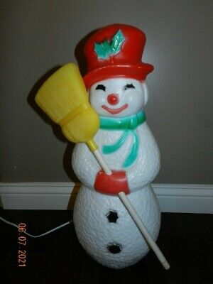 """VTG Union Products Snowman Blow Mold 22"""" Christmas Light Up Plastic broomstick"""