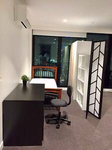Comfortable single room in living space Southbank Melbourne City Preview