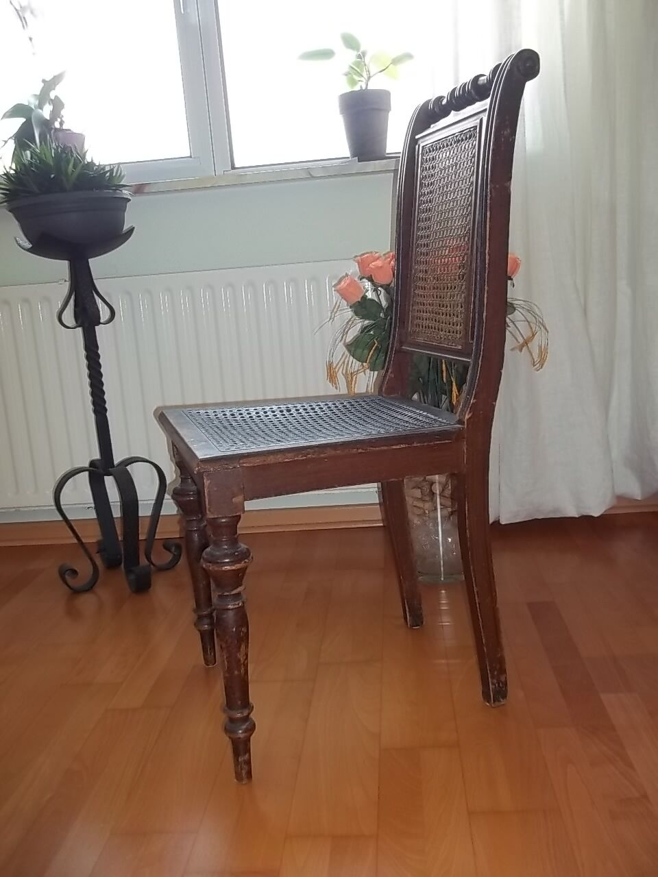 antiker stuhl jugendstil gr nderzeit sitz geflecht um 1890 alter stuhl unikat eur 199 00. Black Bedroom Furniture Sets. Home Design Ideas