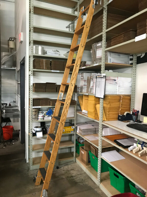 PUTNAM ROLLING LADDER 10 RUNG / 7 STEP WITH TRACK AND BRACKETS