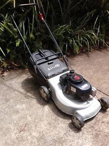 Masport 4 Stroke Tecumseh Lawn Mower & Catcher Woombye Maroochydore Area Preview
