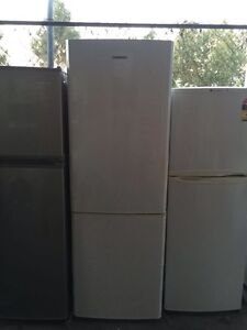 buttom freezer excellent 325 liter sumsung  fridge , can delivery Box Hill Whitehorse Area Preview