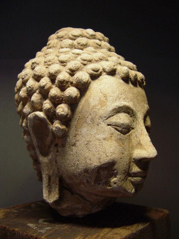 ANTIQUE AYUTTHAYA PERIOD STUCCO BUDDHA HEAD, 14-16th C. MUSEUM QUALITY