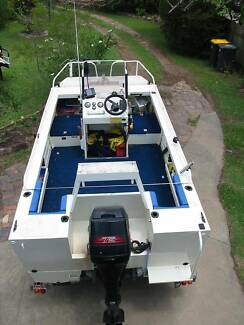 Webster Twinfisher 4.7m Center Console