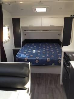 New Age Manta Ray Caravan
