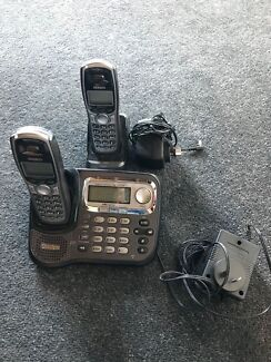 Uniden cordless with digital answering machine & 2 x phones