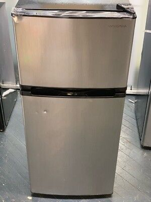 Insignia NS-CF43SS9 Top-Freezer Refrigerator - Stainless Steel Local Pickup #1