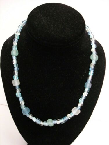 Glass Furnance Glass Beaded Necklace blues and white this is in great con + 2 F