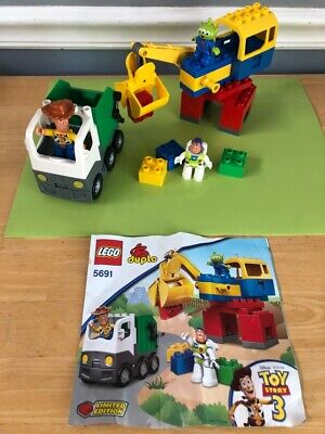LEGO DUPLO Toy Story 3 SPACE CRANE Set #5691 COMPLETE bldg pcs BUZZ WOODY ALIEN