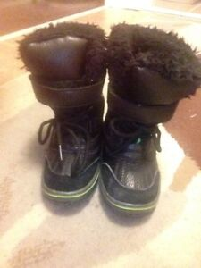 """""""Joe Fresh"""" Toddler Winter Boots Size 6 with Thinsulate!"""