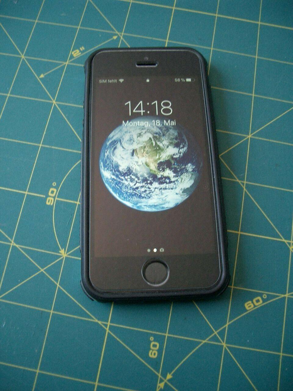 Apple iPhone 5s - 16GB - Space Grau (Ohne Simlock) A1457 (GSM)