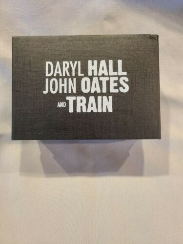 DARYL HALL & JOHN OATES and TRAIN in Concert Shot Glasses New in Box
