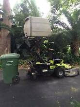 Grillo BeeFly D700 ride on mower, with high lift dump catcher Hornsby Hornsby Area Preview