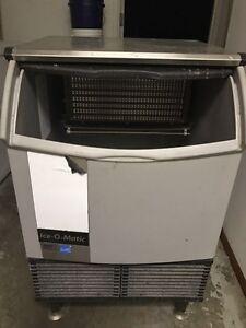 Industrial restaurant Ice Machine.