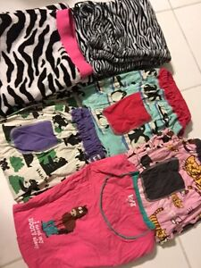 Lazy one Barely worn 50$ for all or separate