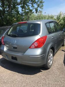 2008 nissan versa (pieces)
