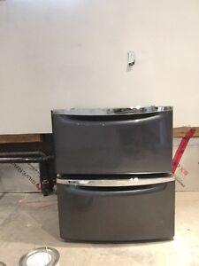 Drawers for under washer and dryer