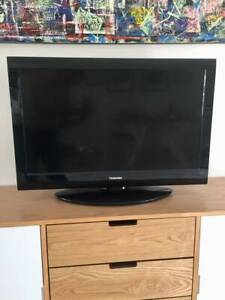 Toshiba LCD Colour TV – Great Condition!