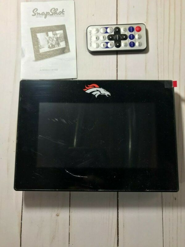 5.5 x 8 Broncos logos digital picture frame with remote