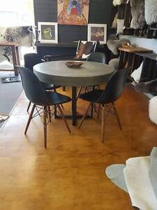 concrete dining table Toukley Wyong Area Preview