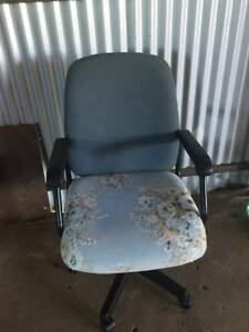 Office Chair..$5