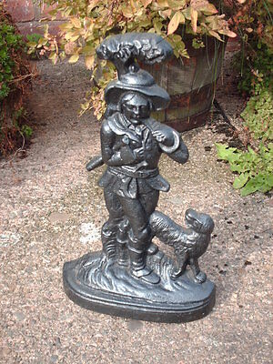 VINTAGE  CAST  IRON  WOODSMAN AND DOG  DOOR STOP