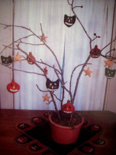 pumpkin Hollow black cats felt embroidery Halloween ornament decor pattern uncut