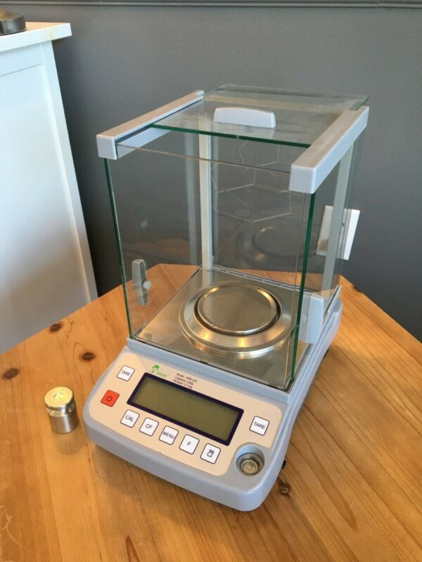 Tree HRB Series Electronic Precision Scientific scale, great condition