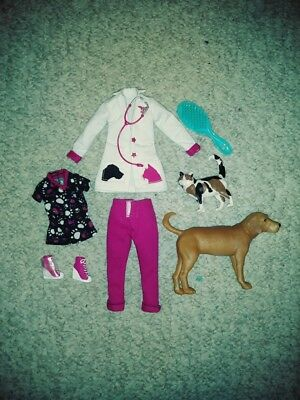 AVA STARS VETERINARIAN CLOTHES AND ACCESSORIES FIT BARBIE AND KEN DOLLS ()