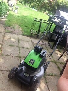 Terra Phase rechargeable cordless mower