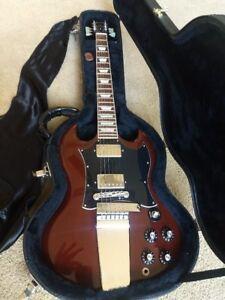 Gibson SG Angus Young