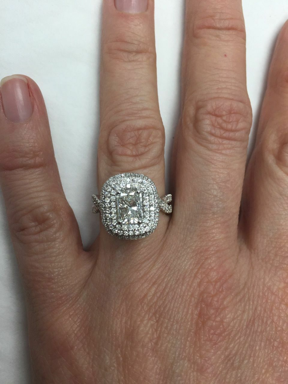 GIA Certified 2.18Ct F-SI1 Radiant Cut Diamond Engagement Infinity Ring 18k Gold 7
