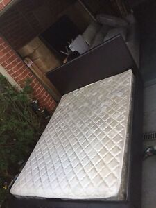 nice black leather queen size base + mattress,an delivery Box Hill North Whitehorse Area Preview
