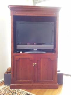 TV DVD Timber Wooden Wall Cabinet Unit & Cupboards Good Condition