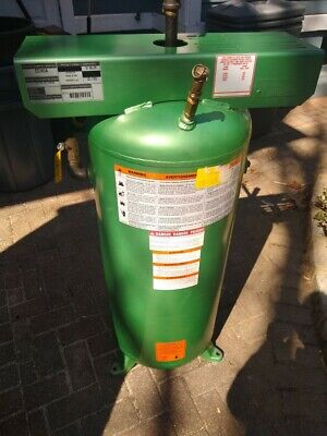 30 Gal. Stationary Steel Compressed Air Tank - Only Used A Few Times Pickup Only