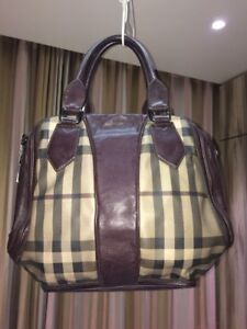 Burberry Purse in excellent condition