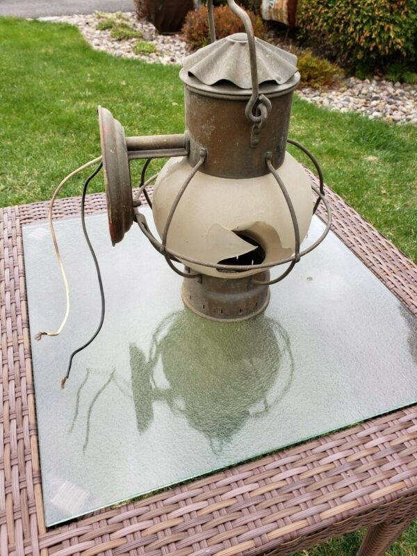 "Vintage Brass Nautical Bracket Globe Wall Lantern/Lamp 7"" - made in Netherlands"