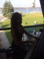 Private piano lessons at your home offered