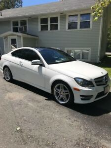 Mercedes Benz C350 4matic coupe top of the line