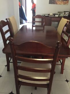 7 piece Dining table & chairs