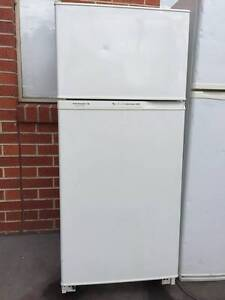 great working 350 liter frost free kelvinator fridge , can delive Mont Albert Whitehorse Area Preview