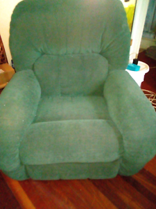3 x Recliners Boondall Brisbane North East Preview
