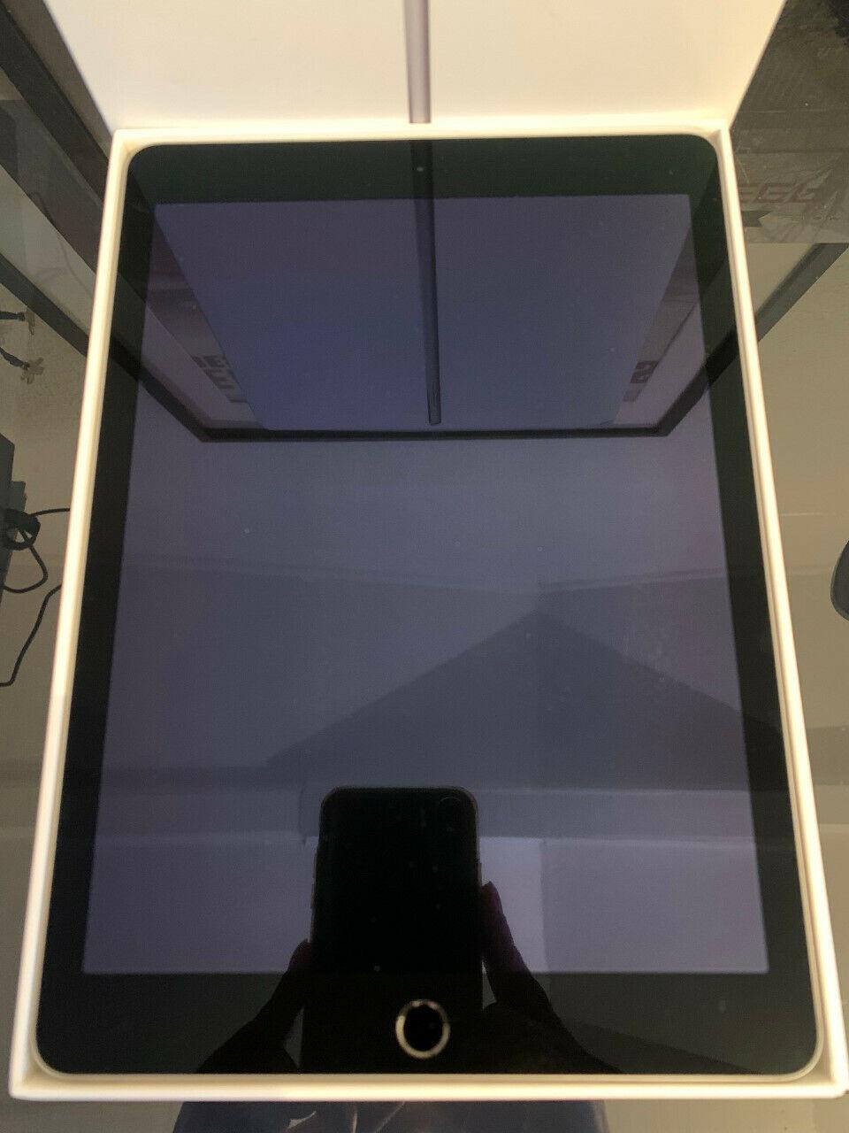 Apple ipad air 2 9.7'' (a1566) 64 go wi-fi tablette - gris sidéral