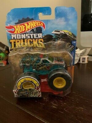 GIANT HOT WHEELS MONSTER TRUCKS 1:64 HISSY FIT