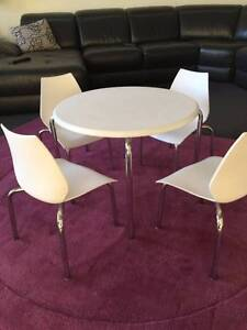 Stylish White Table & Chair set for children Caulfield North Glen Eira Area Preview