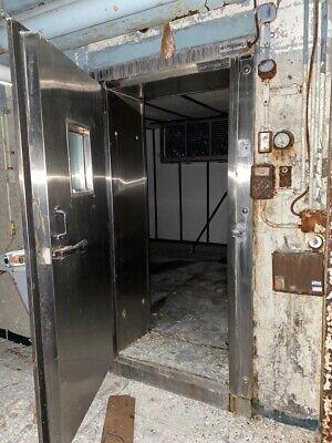 Heavy Duty Industrial Walk-in Cooler Door Freezer 92x20x48
