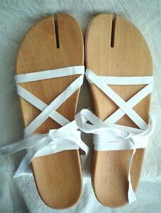 MAISON-MARTIN-MARGIELA-039-Tabi-039-wood-sandals-Size-40