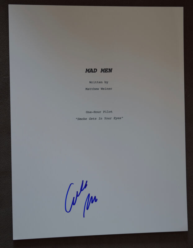 Elisabeth Moss Signed Autographed Mad Men Full TV Pilot Episode Script