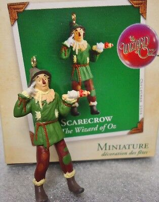 HALLMARK SCARECROW from The Wizard of Oz Miniature 2004 Ornament New in Box](The Scarecrow From The Wizard Of Oz)